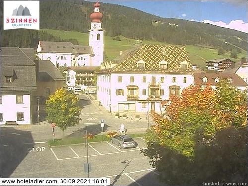 Niederdorf - Blick ins Dorfzentrum